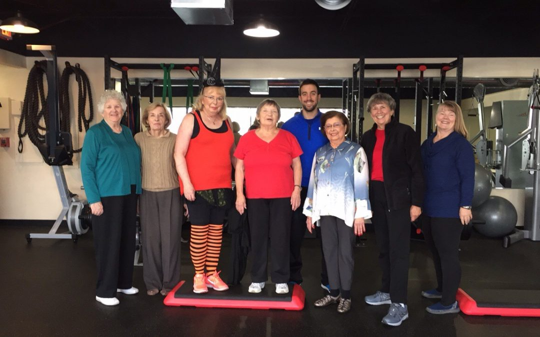 Top 5 Reasons Why Seniors Fitness Classes Are the Perfect Holiday Gift for Your Parents